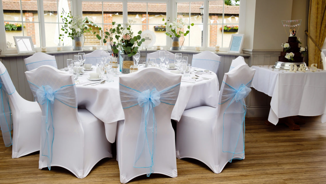 SHABBY CHIC RECEPTION AT THE SPINNAKER BEMBRIDGE   FLOWERS - ALL SEASONS   DECOR - INSPIRED EVENTS   MARTIN WILKINS PHOTOGRAPHY   JAMMY & JELLY