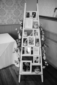 SHABBY CHIC RECEPTION AT THE SPINNAKER BEMBRIDGE   FLOWERS - ALL SEASONS   MARTIN WILKINS PHOTOGRAPHY