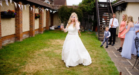 SHABBY CHIC RECEPTION AT THE SPINNAKER BEMBRIDGE   MARTIN WILKINS PHOTOGRAPHY   BESPOKE DRESS BY FORGET ME KNOT DRESIGNS